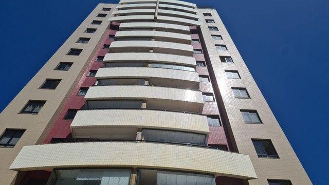 2 quartos, 3 sanitários, varanda, 1 garagem, aluguel+cond+IPTU= R$ 2.377,00
