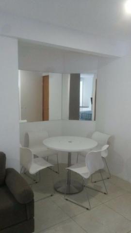 Apartamento mobiliado em Boa Viagem com 28m2,nascente,andar alto,área de lazer