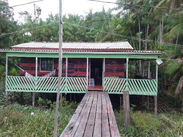 Sitio com duas casa e voadeira