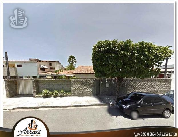 Casa grande no Vila União - Ideal para empresas.