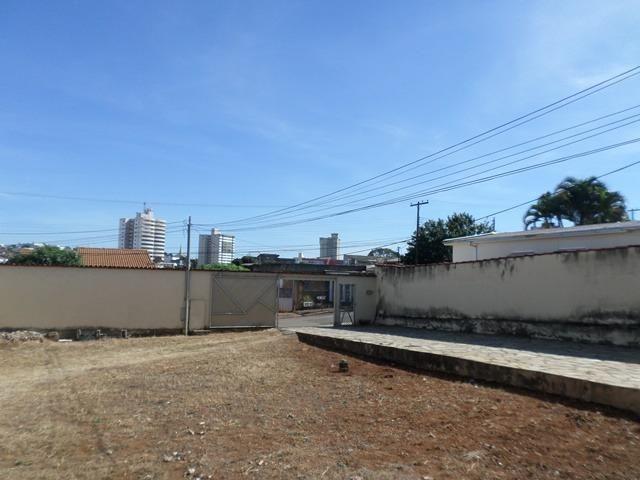 Alugo kitnet próximo a falcuade Anhanguera - Foto 3