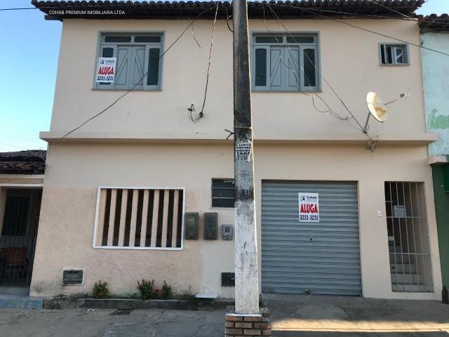 Casa comercial no bairro farolândia com +-40m²