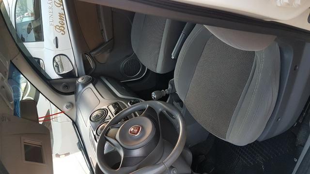 Vende-se Fiat Palio Essence Branco Modelo 2013 - Foto 5