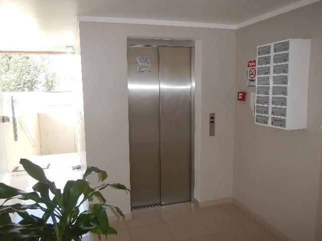 C-AP1479 Apartamento 2 quartos Vaga Coberta, ao lado Parque Bacacheri - Foto 3