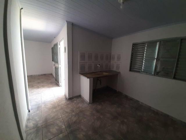 QC 01   Casa 2 Quartos   Quintal e 1 Vaga   Excelente Localização   Oportunidade - Foto 17
