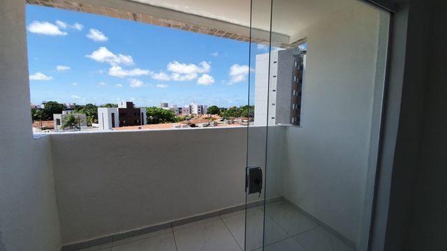 Apartamento com 66M², 2 quartos sendo 1 suíte e varanda - Foto 2