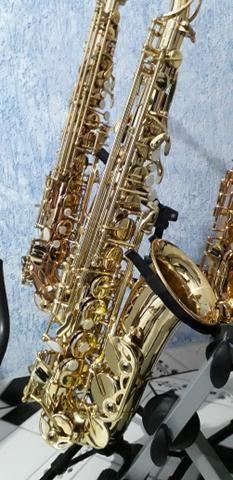 Sax alto novinho lindo muito bom pra iniciantes macio de tocar - Foto 5