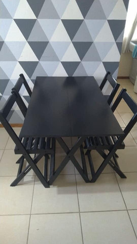 Mesa e cadeira dobraveis - Foto 2