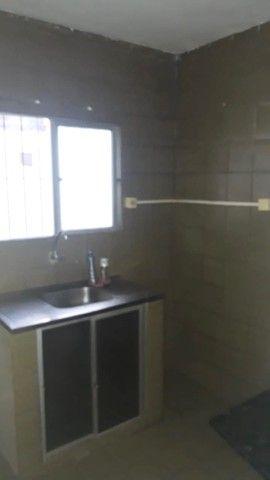 Alugo Apartamento-Av. Brasil- Vizinho ao Mercadinho Poupe Bem   - Foto 5