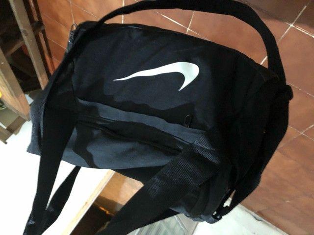 Bolsa Nike sair hoje original  - Foto 3