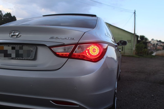 Hyundai  Sonata  70 Mil km / Mega Conservado  - Foto 4