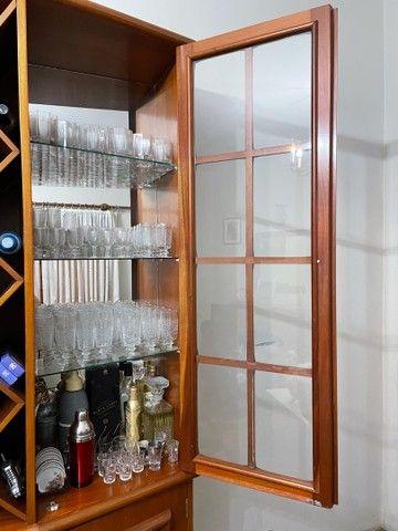 Cristaleira de Madeira  - Foto 6