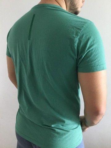 Camisa Calvin Klein Verde TAM M - Foto 3