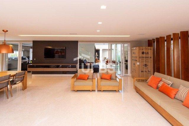 Moderno sobrado de luxo no Alphaville Araguaia, com 442 m² e 4 suítes, com lazer completo - Foto 8