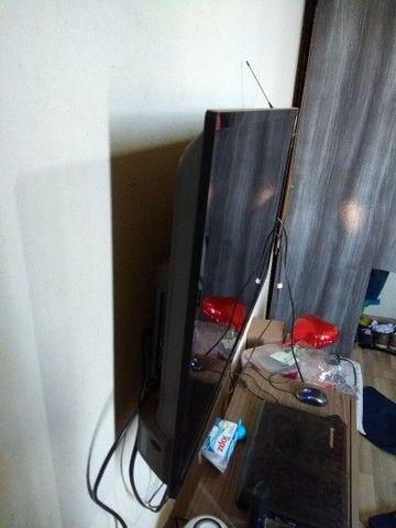 Vendo Tv Smart AOC  - Foto 4
