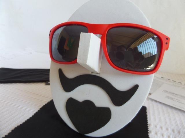 df9ce691c5bb6 Óculos Oakley Holbrook Matte Red W Grey Polarizado - Novo e Importado