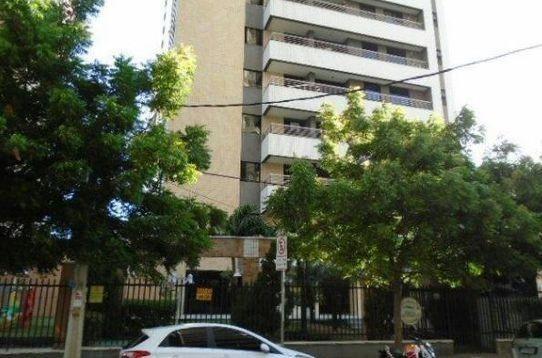 Ap 110 ,Lazer,Elevador,72 m2,Aptº 3 Quartos,Cocó