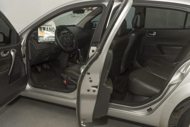 Renault Megane Sedã Dynamique - 1.6 16v(Hi-Flex) 4p 2011 - Foto 4
