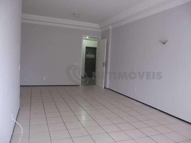 Apartamento para alugar com 3 dormitórios em Joaquim távora, Fortaleza cod:699029 - Foto 2