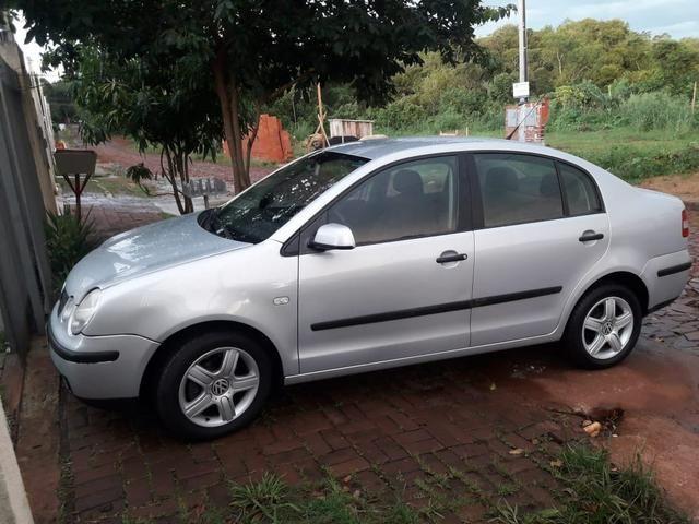 Vende-se Polo Sedan 2005