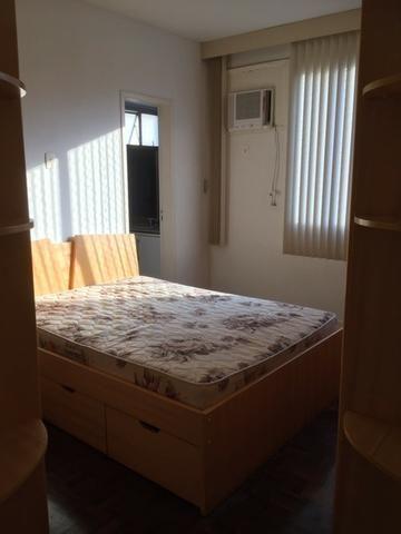 Ótimo apartamento 2 quartos com varanda e garagem na Carlos Vasconcelos - Foto 2