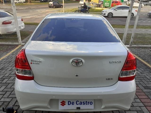 Toyota Etios Sedan 1.5 x 2018 - Foto 4