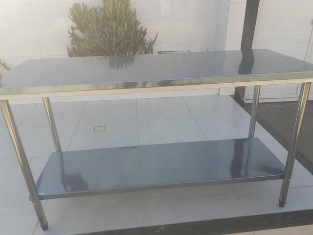 Mesa em aço inox a partir de r$ 600