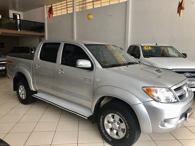Toyota Hilux srv 3.0 - Foto 2