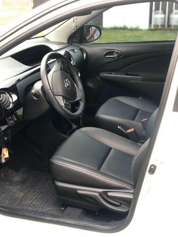 Toyota Etios Hb XLS 1.5 Automático - Foto 14
