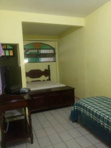 Vendo ou alugo anual apartamento térreo de 03 quartos, (02 suítes) no bairro Monte Aghá I