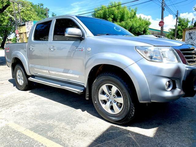 Toyota Hilux SR 15/15 pneus novos Completa!!! - Foto 2
