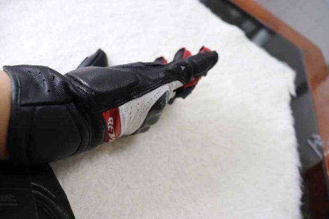 Luvas Rev'it - NOVA - tamanho M/G - L - Vermelho - Preto - Branco Em Couro - Foto 12