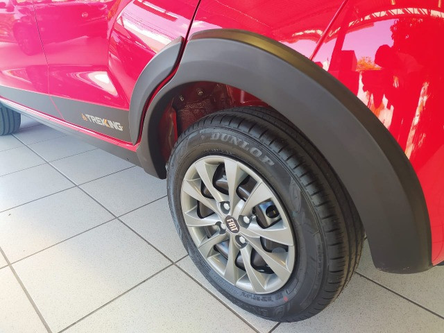 Fiat Mobi Trekking 2021/2021 - Vermelho | Oferta: R$ 50.700 - Foto 4