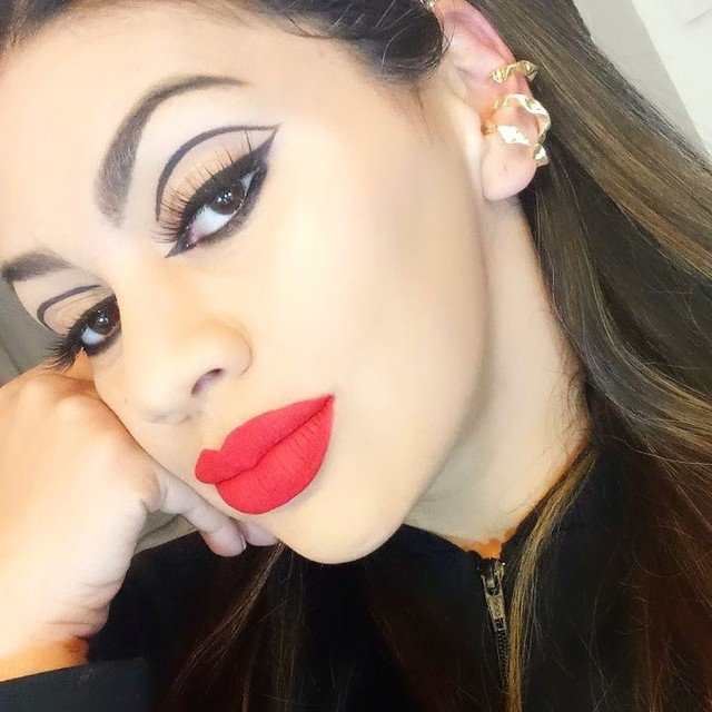 Designer de sobrancelhas Alongamento de cílios e makeup - Foto 6