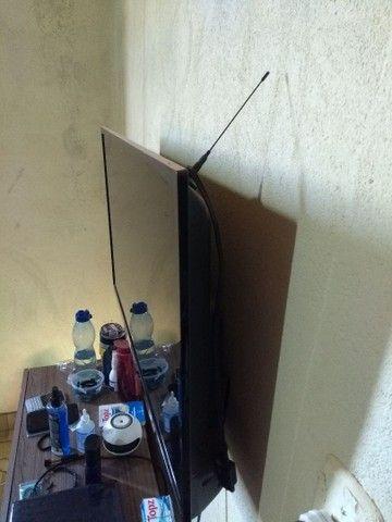 Vendo Tv Smart AOC  - Foto 3