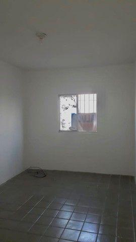 Alugo Apartamento-Av. Brasil- Vizinho ao Mercadinho Poupe Bem   - Foto 4
