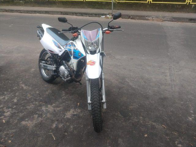 Moto Yamaha Lander 250