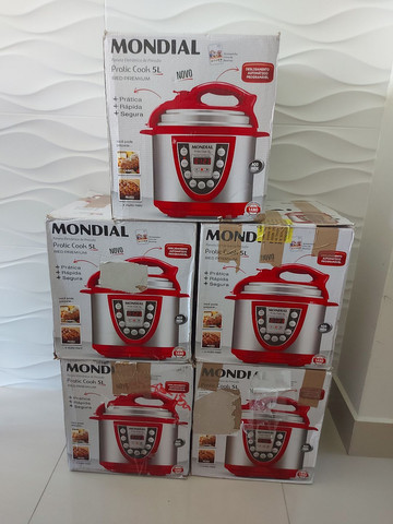 Panela de Pressão Mondial Digital 5L , Nova , 127 volts