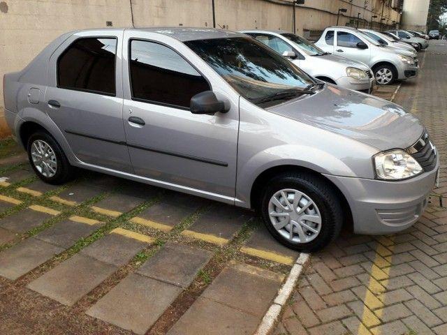 Renault Logan autentique 1.0 - Foto 6