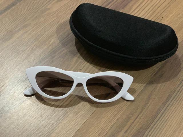 6da199a68e004 Óculos De Sol Retrô Gatinho Proteção Uv + Brinde - Bijouterias ...