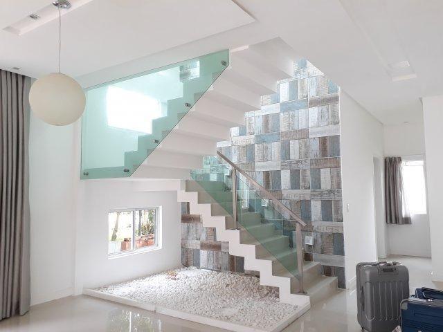 Casa moderna com área de lazer privativa em condomínio fechado   Oficial Aldeia Imóveis - Foto 7