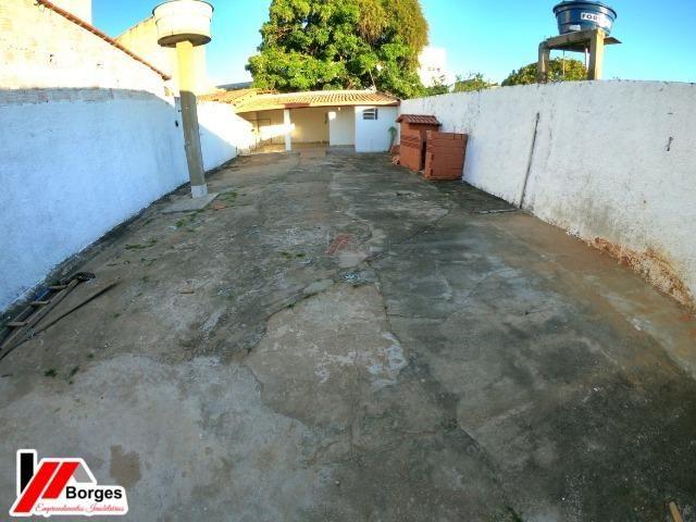 Casa com 03 Quartos na Rua Ruy Barbosa - Foto 5