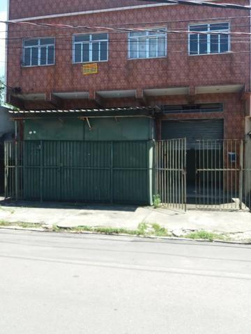Loja na Rua Franz Schubert - Jardim América