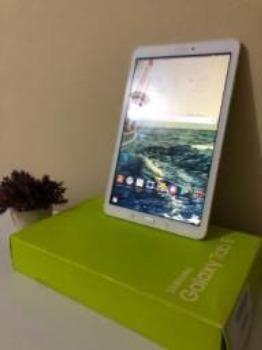 Tablet Samsung galaxy tab E -tela 9.6