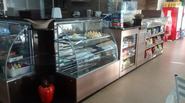 Montagem de lanchonete, vitrines refrigeradas e estufas.Projeto/vendas - Foto 2