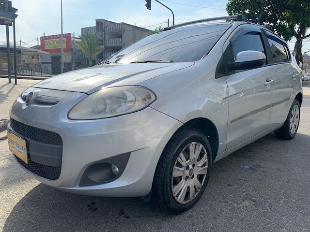 Fiat Palio 2014 Essence 1.6 + 78.000km + raridade - Foto 3