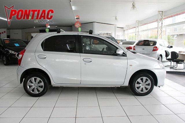 Toyota Etios HB XS 1.5 2015 - Foto 4