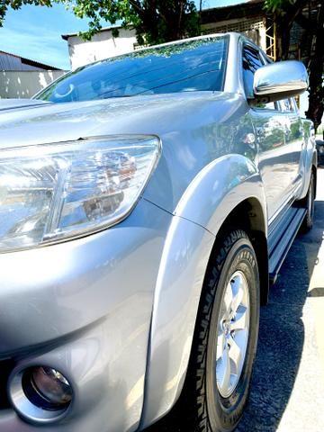 Toyota Hilux SR 15/15 pneus novos Completa!!! - Foto 3