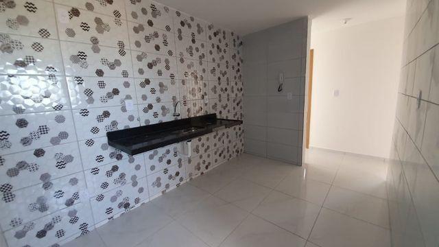 Apartamento com 66M², 2 quartos sendo 1 suíte e varanda - Foto 6