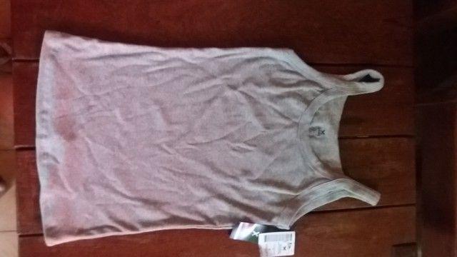 blusa regata marca Hering, tamanho G, cinza NOVA